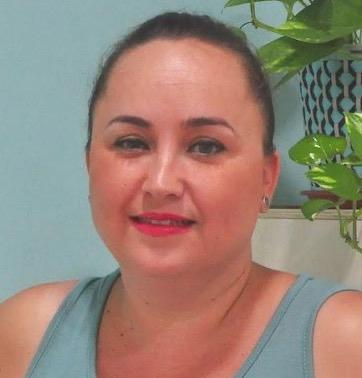 Irene-García-Podologa-Posturologa-Clinica-Nura-Fisioterapia-Sevilla-