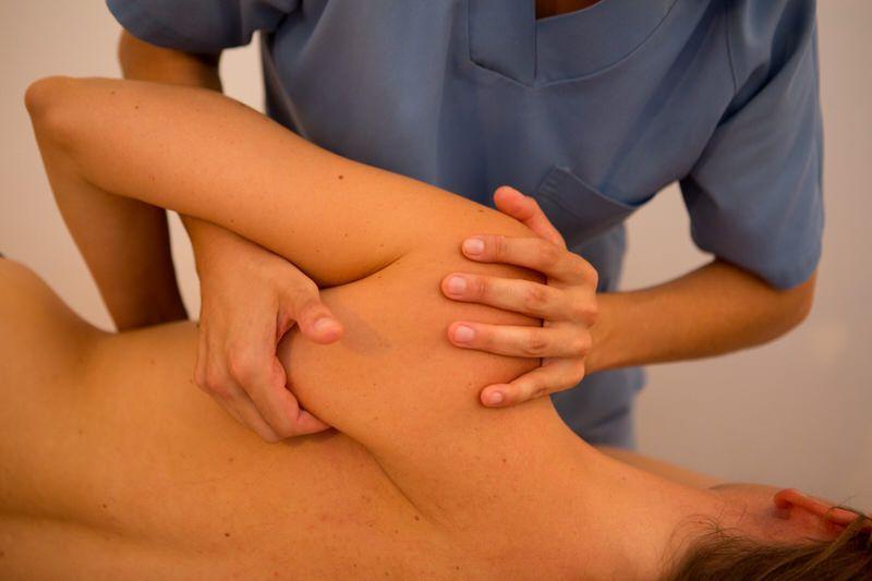 Rehabilitacion-Clinica-Nura-Fisioterapia-Sevilla-2